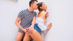 Ukraynalı Olga ile merdivende ateşli yakınlaşma